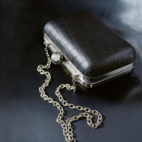 Vaian Handbags & Accessories Co.