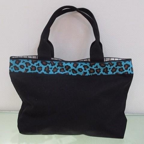 Handbag with Flower Belt 01