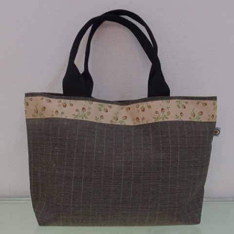 Handbag with Flower Belt 04