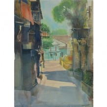 The sun is shining brightly ahead - Largo do Lilau