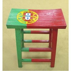 宅木设计吧椅 - 葡国