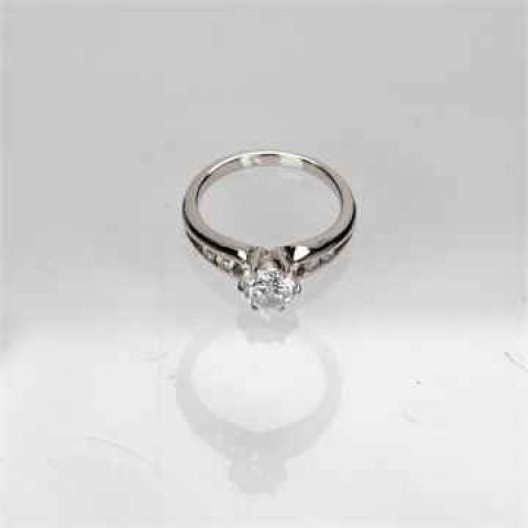 Round Gemstone Ring