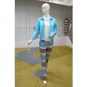 Jaqueta de Senhora (Azul) +Camisola para Mulher (Bege) + Calças de Senhora (Cor)